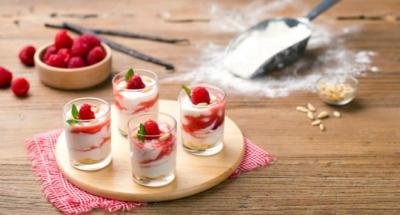 Petites verrines à la crème de ricotta et coulis de framboises - Galbani