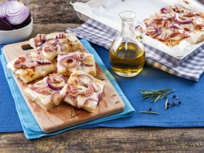 Pizza met tonijn en rode uien - Galbani