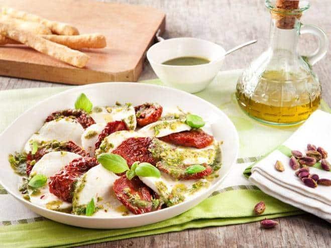 Salade Caprese aux Tomates Cerise Séchées - Galbani