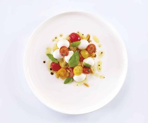 Caprese met cherrytomaten en Mini Mozzarella - Galbani